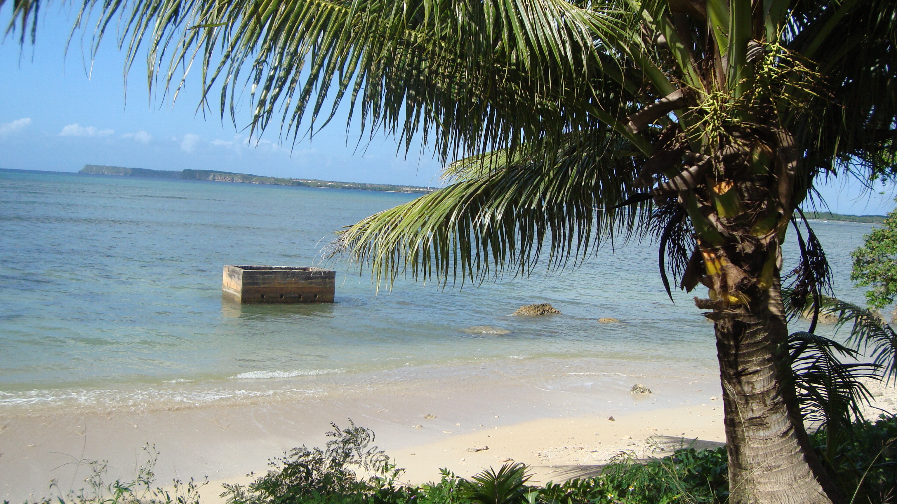 Agat Beach-- the Marine's landed here. Wouldn't you? (Photo credit: Wendie Burbridge)