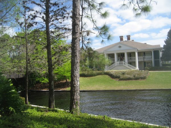 At Port Orleans Riverside, the mansions aren't just for rich folks!