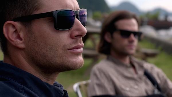 1 Supernatural SPN Season 10 Episode 4 S10E4 Paper Moon Dean Sam Winchester Jensen Ackles Jared Padalecki