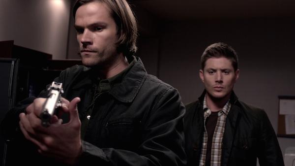 11 Supernatural Season 10 Episode 6 SPN S10E6 Ask Jeeves Dean Sam Winchester Jensen Ackles Jared Padaleckivlcsnap-2014-11-24-10h41m42s222