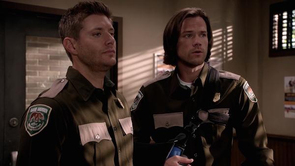 4 Supernatural SPN Season 10 Episode 4 S10E4 Paper Moon Dean Sam Winchester Jensen Ackles Jared Padalecki