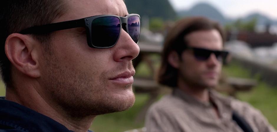 slide Supernatural SPN Season 10 Episode 4 S10E4 Paper Moon Dean Sam Winchester Jensen Ackles Jared Padalecki