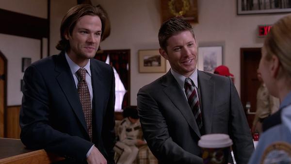 12 Supernatural SPN Season Ten Episode Eight S10E8 Hibbing 911 Sam Winchester Jared Padalecki Dean Jensen Ackles
