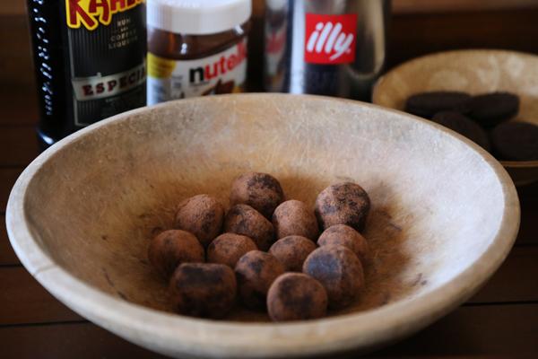 No-Bake Nutella Espresso Kahlua Cookie Truffles