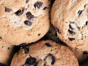Chocolate-Chip-Cookies-big-cookie-recipe-wp