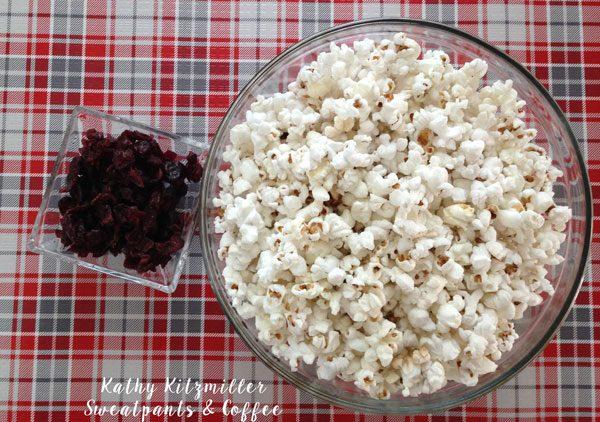 Cranberry-Popcorn-1