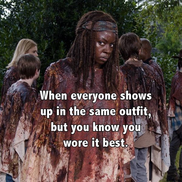 3-Walking-Dead-s6e9-No-Way-Out-Michonne-meat-poncho