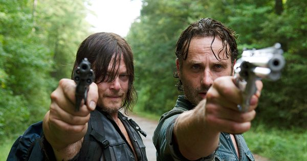 fb-TWD-s6e10-Rick-and-Daryl