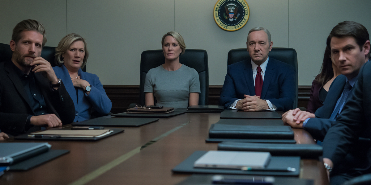 House of Cards 5 Moments – 1_start of a war