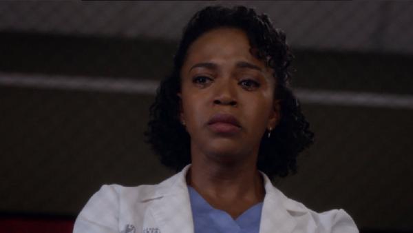 2. Grey's Anatomy 12x23 - Stephanie crying