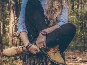 Girl-tree-woods-wp