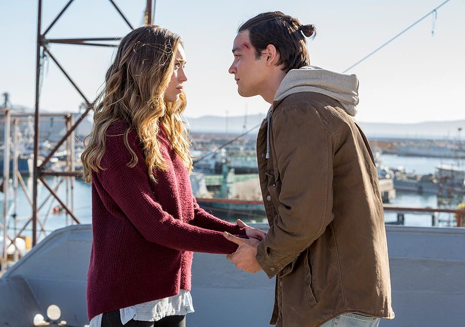 FTWD 2×5 Stay and We Can Rule the Galaxy Together as BF and GF
