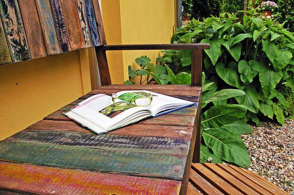 garden-bench-book