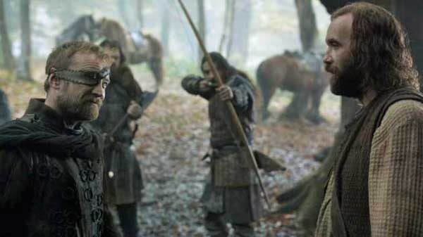 Photo-3.-GoT-6x8-The-Hound-and-the-Brotherhood
