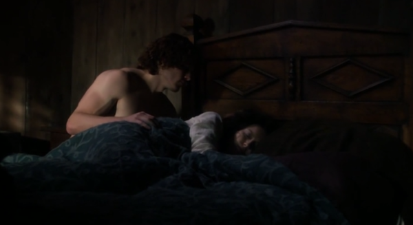 jamie-prays-over-claire