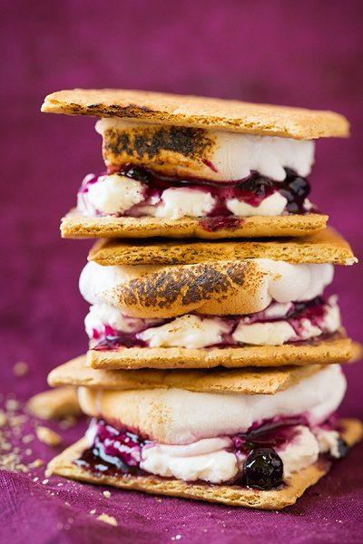blueberry-cheesecake-smores2-srgb.