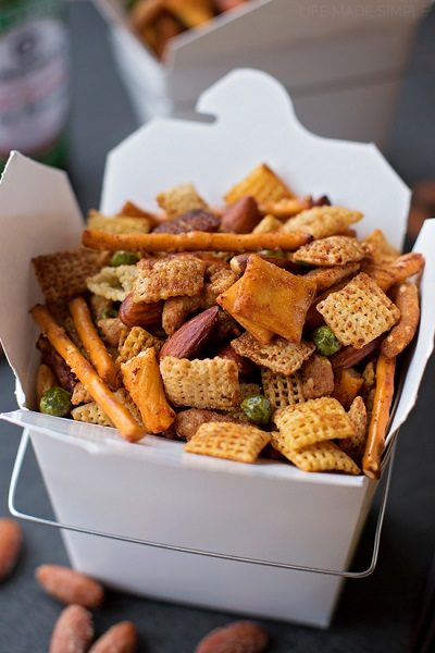 Sweet-Spicy-Asian-Snack-Mix-1