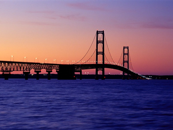 Gephyrophobia is an unnatural fear of crossing bridges.