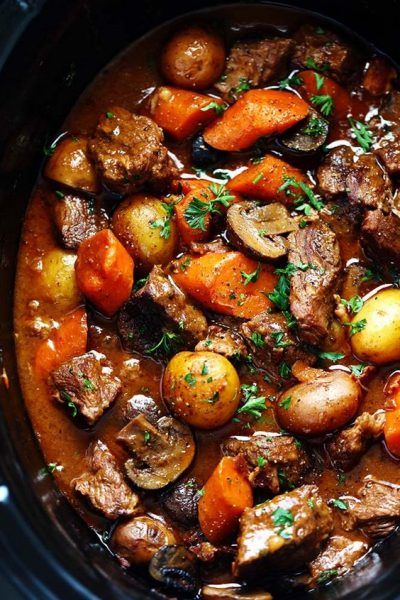 slow-cooker-beef-bourguignon