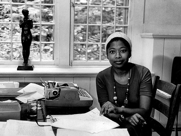 """alice walker essay on hair In alice walker's short story """"everyday use,"""" there are many different things that walker conveys throughout  this essay has been submitted by  her hair ."""