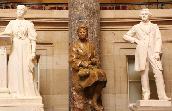 Photo 8. S&C Rosa Parks Statuary Hall