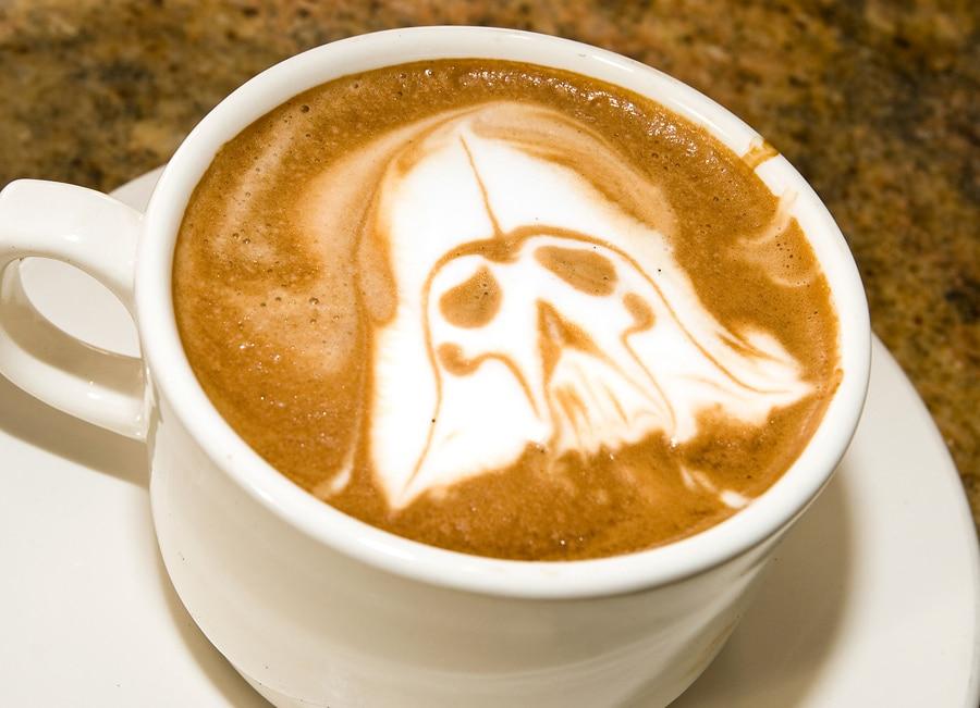 Darth-Vader-Latte-Art-bitrebels