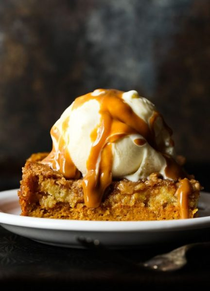 Pumpkin Dump Cake from Cookies & Cups