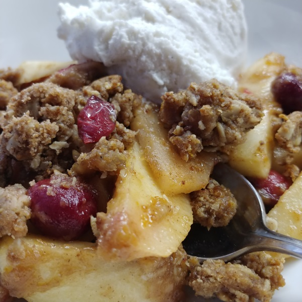 Catastrophe Kitchen Cranapple Crisp