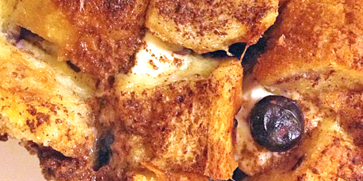 French toast casserole with @taniadelpino by Eduardo Aparicio is licensed under CC BY-ND 2.0