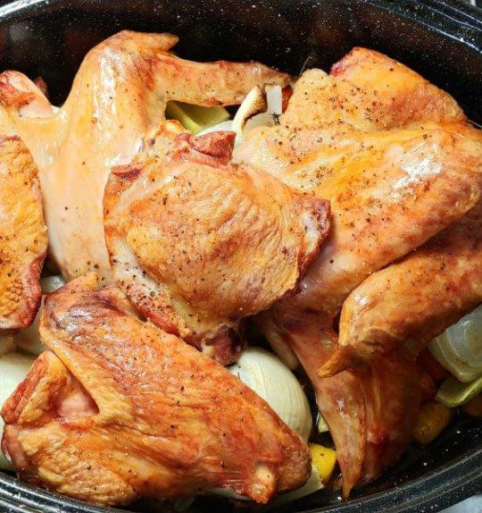 Catastrophe Kitchen | The Best Make Ahead Turkey Gravy